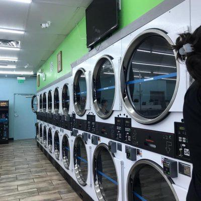 Lavanderias em Orlando para lavar roupas pesadas